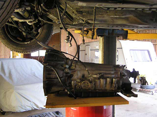 Lexus LS400: How to Remove the Transmission & Replace the