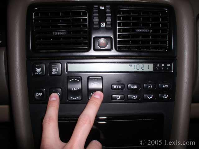 Lexus LS400: How to Check Air Conditioning Diagnostic Codes